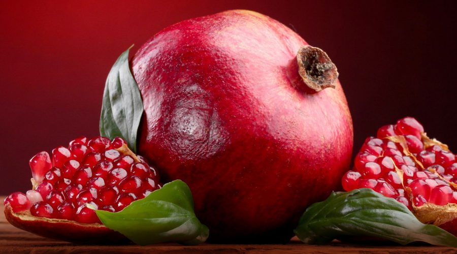 pomegranate-carrier-oil-Meloncello-blog